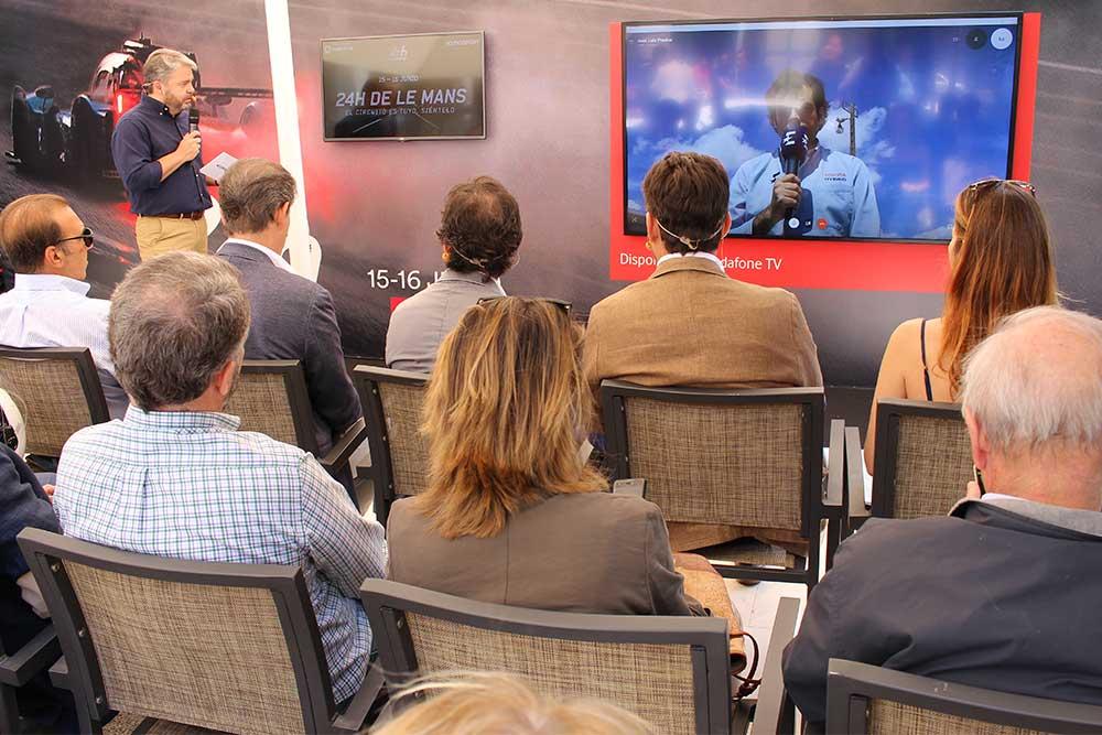 Conferencias en AutoRacing Madrid salón del automóvil de competición y karting
